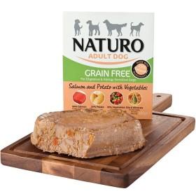 خوراک بدون غلات سالمون همراه سیب زمینی و سبزیجات ناتیرو